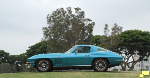 1965 Corvette C1 in Nassau Blue