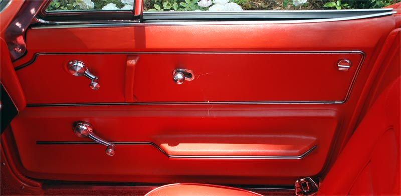 corvette 1965 door interior panel side close