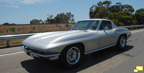 1967 Corvette Coupe in Silver Pearl