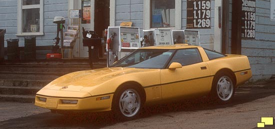 1987 Chevrolet Corvette C4 in Yellow