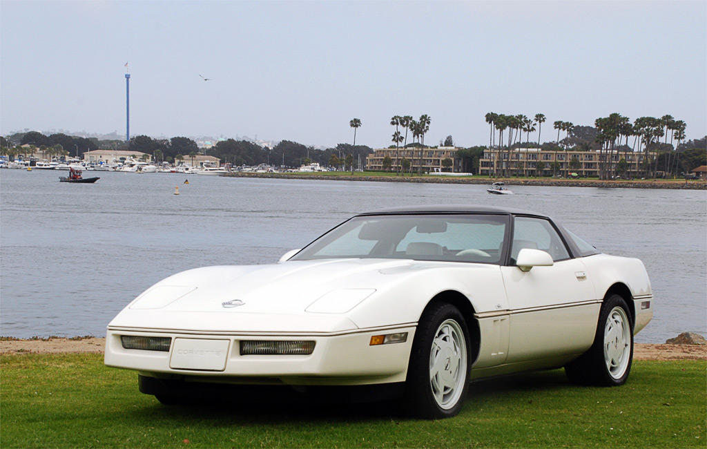 1988 Chevrolet Corvette C4 35th Special Edition Package