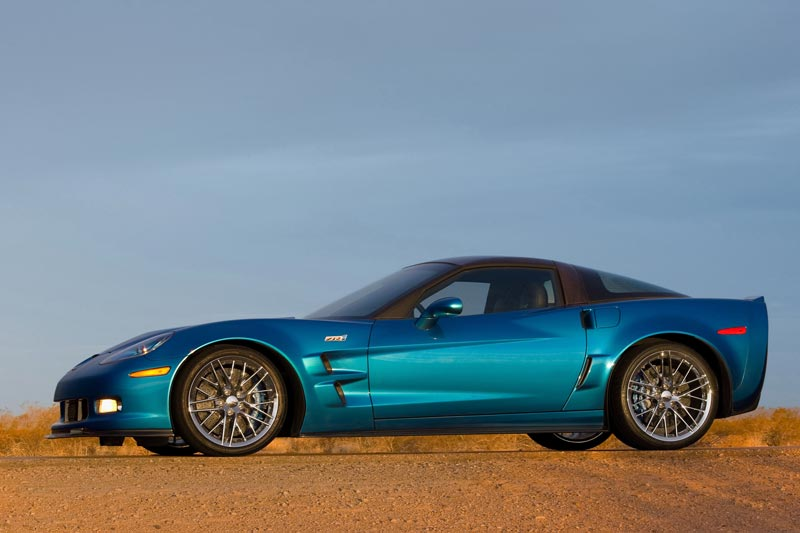 2009 corvette c6 zr1 ls9 engine supercharger details specifications. Black Bedroom Furniture Sets. Home Design Ideas