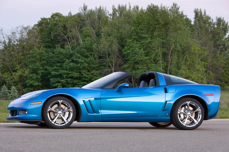 2010 corvette c6 return of the corvette grand sport. Black Bedroom Furniture Sets. Home Design Ideas