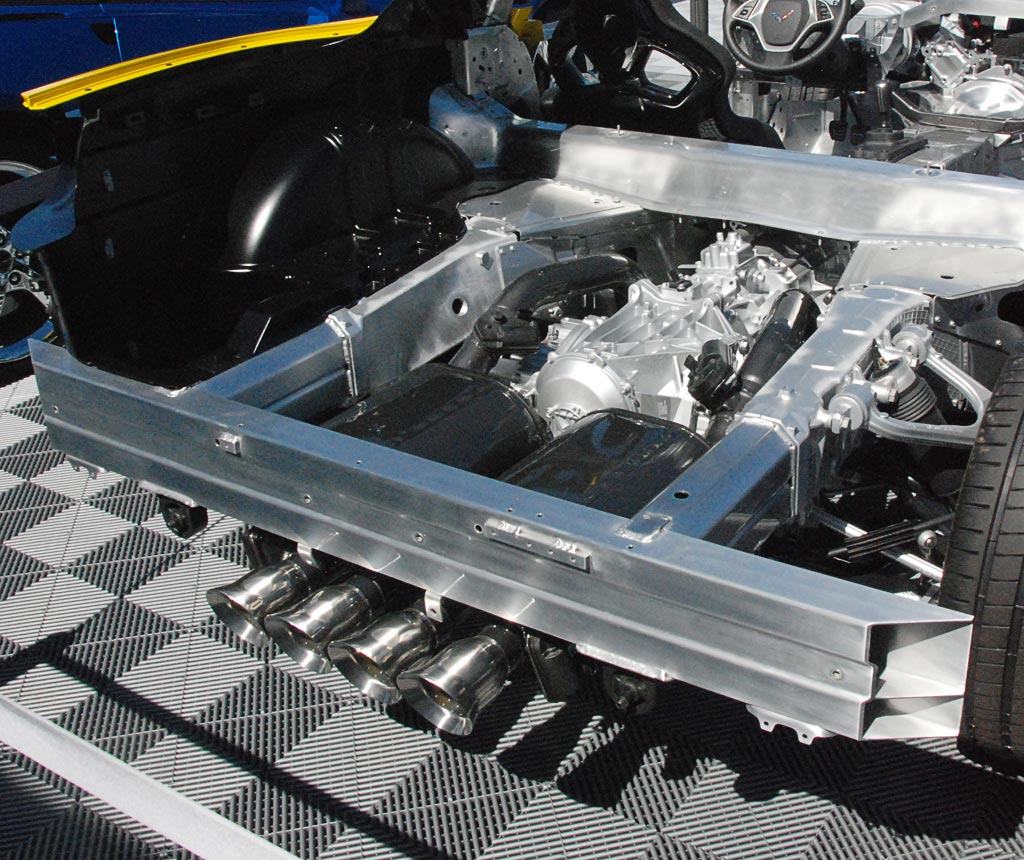 Corvette c7 chassis and suspension details for Chassis aluminium