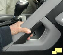 2014 Chevrolet Corvette C7 passenger grab bar