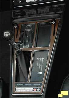 1970 Chevrolet Corvette shift console