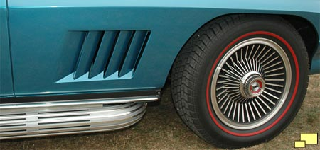 1967 Corvette five section front fender louvers and modified knock-off wheels