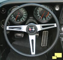 Upgraded steering wheel in 1968 Corvette