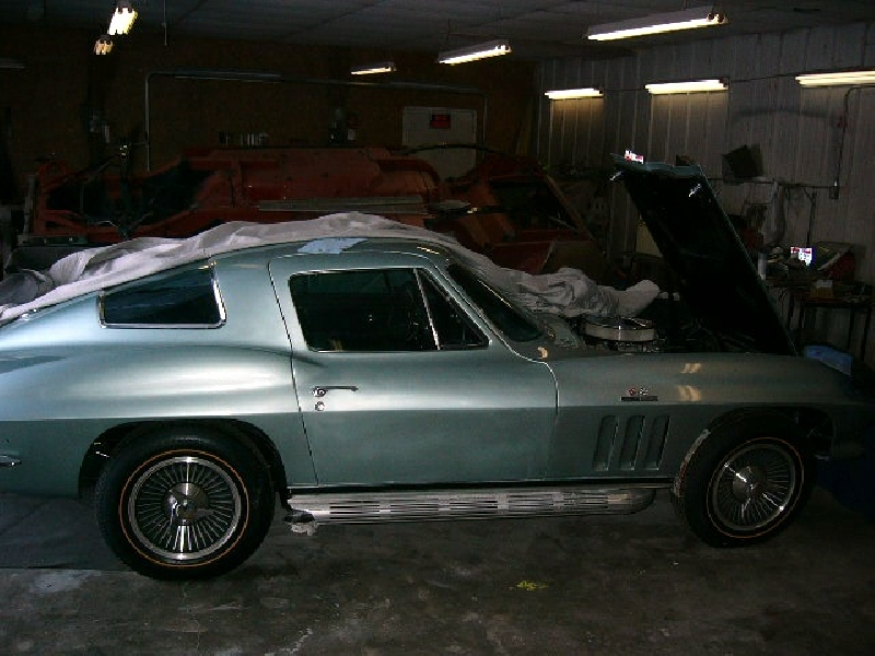mossport green corvette for autos post. Black Bedroom Furniture Sets. Home Design Ideas